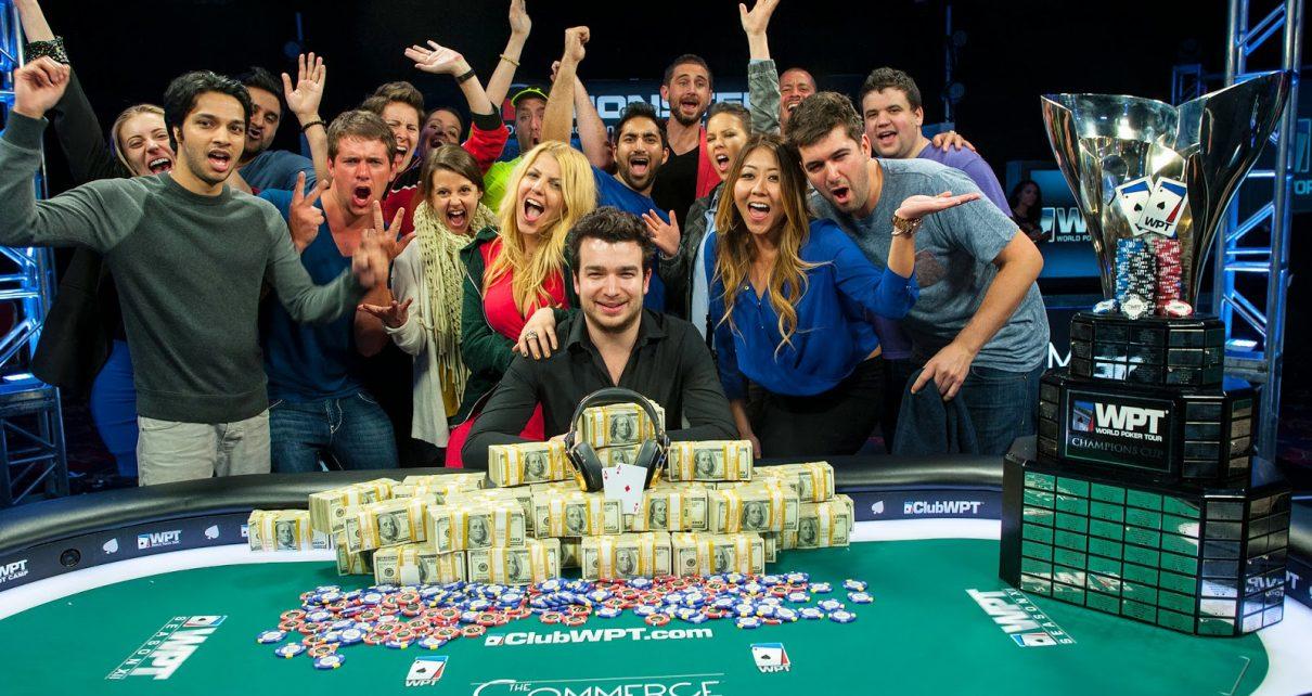 Процесс обучения покеру